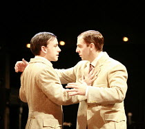 TWELFTH NIGHT   by Shakespeare   director: Neil Bartlett <br>,l-r: Chris New (Viola), Iain McKee (Sebastian),Royal Shakespeare Company / Courtyard Theatre, Stratford-upon-Avon, England     05/09/2007...