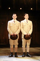 TWELFTH NIGHT   by Shakespeare   director: Neil Bartlett <br>,l-r: Iain McKee (Sebastian), Chris New (Viola),Royal Shakespeare Company / Courtyard Theatre, Stratford-upon-Avon, England     05/09/2007...
