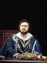 UN BALLO IN MASCHERA   by Verdi   ,conductor: Edward Downes   original director: Otto Schenk <br>,Luciano Pavarotti (Gustavus III)   ,The Royal Opera / Covent Garden, London WC2               13/04/19...