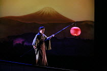 MADAMA BUTTERFLY   by Puccini   conductor: Wyn Davies   set design: Hildegard Bechtler   ,costume design: Ana Jebens   lighting design: Peter Mumford   director: Tim Albery <br>,Ann Taylor (Suzuki),Op...