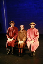 Fragments - COME AND GO   by Samuel Beckett   director: Peter Brook  ~l-r: Jos Houben (Flo), Kathryn Hunter (Vi), Marcello Magni (Ru)~Theatre des Bouffes du Nord / Paris & The Young Vic / London co-pr...