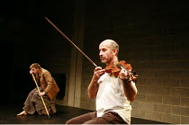 Fragments - ROUGH FOR THEATRE I   by Samuel Beckett   director: Peter Brook    l-r: Jos Houben, Marcello Magni  Theatre des Bouffes du Nord / Paris & The Young Vic / London co-production      The Y...