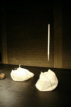 Fragments - ACT WITHOUT WORDS II   by Samuel Beckett   director: Peter Brook ~~Theatre des Bouffes du Nord / Paris & The Young Vic / London co-production     ~The Young Vic (YV) / London SE1...