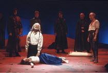 KING LEAR   by Shakespeare   director: Adrian Noble <br>,front left: Robert Stephens (King Lear), Abigail McKern (Cordelia)   right: David Calder (Kent),Royal Shakespeare Company / Royal Shakespeare T...