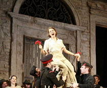 L^ELISIR D^AMORE   music: Gaetano Donizetti   libretto: Felice Romani   ,conductor: Enrique Mazzola   design: Lez Brotherston   director: Annabel Arden <br>,Adriana Kucerova (Adina),Glyndebourne on To...