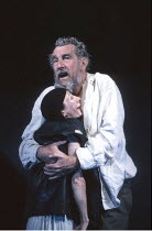 KING LEAR   by Shakespeare   director: Nicholas Hytner ,John Wood (Lear), Linda Kerr Scott (Lear^s Fool),Royal Shakespeare Company (RSC) / Royal Shakespeare Theatre     Stratford-upon-Avon   11/07/199...