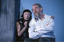 KING LEAR   by Shakespeare   director: Nicholas Hytner <br>,Linda Kerr Scott (Lear^s Fool), John Wood (Lear),Royal Shakespeare Company (RSC) / Royal Shakespeare Theatre     Stratford-upon-Avon   11/07...