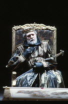 KING LEAR   by Shakespeare   director: Adrian Noble <br>,I/i: Michael Gambon (King Lear),Royal Shakespeare Company (RSC) / Barbican Theatre, London EC2       31/05/1983                      ,