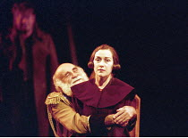 KING LEAR   by Shakespeare   design: Paul Andrews   director: Jude Kelly <br>,Warren Mitchell (King Lear), Alexandra Gilbreath (Regan),West Yorkshire Playhouse (WYP) / Leeds, England       28/09/1995,