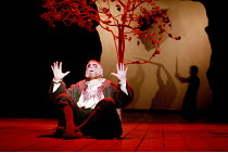 KING LEAR   by Shakespeare   design: John Gunter   lighting: Mark Henderson   director: Peter Hall <br>,V/ii: Denis Quilley (Earl of Gloucester) with shadow fighter,Peter Hall Company / The Old Vic, L...
