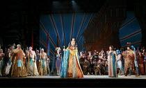 AIDA   by Verdi   conductor: Edward Gardner   design: Zandra Rhodes   director: Jo Davies <br> ,centre: Jane Dutton (Amneris), Gwynne Howell (Pharaoh of Egypt)   right: Claire Rutter (Aida), Iain Pate...
