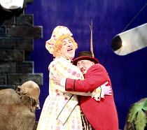 JACK AND THE BEANSTALK   written by Jonathan Harvey   ,music & lyrics: George Stiles & Anthony Drewe   design: Kenny Miller   director: Giles Havergal ,l-r: Andy Gray (Dame Dolly Deluxe), Jack Chissic...