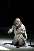 SIEGFRIED   by Wagner   conductor: Antonio Pappano   set design: Stefanos Lazaridis   ,costume design: Marie-Jeanne Lecca   director: Keith Warner <br>,John Tomlinson (Wanderer/Wotan)   ,The Royal Ope...
