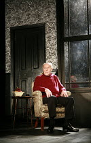THE COLLECTION   by Harold Pinter   director: Jamie Lloyd <br>,Timothy West (Harry)   ,Comedy Theatre / London SW1                       29/01/2008     ,