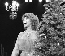 SEASON'S GREETINGS   written & directed by Alan Ayckbourn ,Tessa Peake-Jones (Belinda),Stephen Joseph Theatre, Scarborough production   Roundhouse, London NW1   14/10/1980 ,