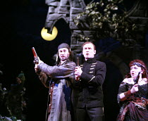 THE PIRATES OF PENZANCE or The Slave of Duty   music: Arthur Sullivan   lyrics: W S Gilbert   ,conductor: Richard Balcombe   directed & designed by Peter Mulloy <br>,l-r: Steven Page (The Pirate King)...
