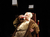 FALSTAFF   by Verdi   after Shakespeare^s ^The Merry Wives of Windsor^   ,set design: Lucio Fanti   costumes: Moidele Bickel   director: Peter Stein <br>,Bryn Terfel (Sir John Falstaff),Welsh National...