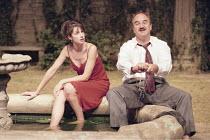 GARDEN   ^House/Garden^   by Alan Ayckbourn   set design: Roger Glossop   costumes: Christine Wall   director: Alan Ayckbourn <br>,Zabou Brightman (Lucille Cadeau), David Haig (Teddy Platt),Olivier Th...