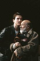 THE CARETAKER   by Harold Pinter   director: Harold Pinter,l-r: Peter Howitt (Mick), Donald Pleasence (Davies),Comedy Theatre / London SW1            20/06/1991,