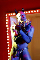 'CRAZYBLACKMUTHAF***IN'SELF' (Oparei),DeObia Oparei (Femi),Jerwood Theatre Upstairs / Royal Court Theatre, London SW1        03/12/2002,