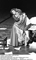 AMADEUS   by Peter Shaffer   design & lighting: John Bury  director: Peter Hall ~ ~Felicity Kendal (Constanze Weber), Simon Callow (as Wolfgang Amadeus Mozart) ~Olivier Theatre, National Theatre (NT),...
