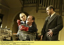 'ARSENIC AND OLD LACE' (Kesselring),l-r: Michael Richards (Jonathan Brewster), Stephen Tompkinson (Mortimer Brewster), Paul Rider (Dr Einstein),Strand Theatre, London WC2                   25/02/2003,