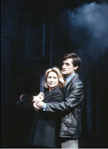 HAPGOOD   by Tom Stoppard   design: Carl Toms   lighting: David Hersey   director: Peter Wood ,Felicity Kendal (Hapgood), Roger Rees (Kerner),Aldwych Theatre, London WC2   08/03/1988 ~(c) Donald Coope...