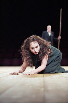 ANTIGONE   written & directed by Declan Donnellan   after Sophocles   ,design: Nick Ormerod <br>,Tara Fitzgerald (Antigone),The Old Vic, London SE1         11/10/1999   ,