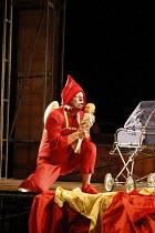PUNCH AND JUDY   composer: Harrison Birtwistle   librettist: Stephen Pruslin   ,conductor: Michael Rafferty   design: Simon Banham   lighting: Ace McCarron   director: Michael McCarthy <br>,Gwion Thom...