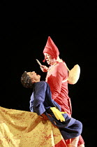 PUNCH AND JUDY   composer: Harrison Birtwistle   librettist: Stephen Pruslin   ,conductor: Michael Rafferty   design: Simon Banham   lighting: Ace McCarron   director: Michael McCarthy <br>,Punch kill...