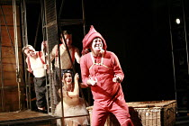 PUNCH AND JUDY   composer: Harrison Birtwistle   librettist: Stephen Pruslin   ,conductor: Michael Rafferty   design: Simon Banham   lighting: Ace McCarron   director: Michael McCarthy <br>,l-r: Nicho...