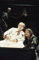 VOLPONE   or The Fox   by Ben Jonson   design: Richard Hudson   director: Matthew Warchus    l-r: Michael Gambon (Volpone), Simon Russell Beale (Mosca)  Olivier Theatre / National Theatre (NT), Lond...