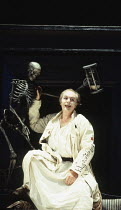 VOLPONE   or The Fox   by Ben Jonson   design: Richard Hudson   director: Matthew Warchus    Michael Gambon (Volpone)  Olivier Theatre / National Theatre (NT), London SE1   27/07/1995...