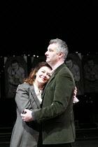HAPGOOD   by Tom Stoppard   design: Colin Richmond   director: Rachel Kavanaugh <br>,Josie Lawrence (Hapgood), John Hodgkinson (Kerner)   ,Birmingham Repertory Theatre (BRT) / Birmingham, England   15...