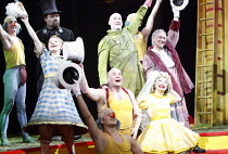 PUNCH AND JUDY   composer: Harrison Birtwistle   librettist: Stephen Pruslin   ,conductor: Edward Gardner   design: Giles Cadle   lighting: Peter Mumford   director: Daniel Kramer <br>,front left: Luc...
