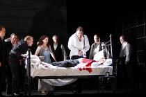 MACBETH  by Verdi  after Shakespeare  conductor: Richard Farnes  set design: Johan Engels  costumes: Brigitte Reiffenstuel  director: Tim Albery ~King Duncan's murder discovered - standing behind bed:...