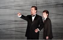 MACBETH  by Verdi  after Shakespeare  conductor: Richard Farnes  set design: Johan Engels  costumes: Brigitte Reiffenstuel  director: Tim Albery ~l-r: Ernesto Morillo Hoyt (Banquo), Aaron Eastwood (Fl...