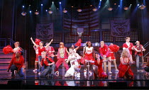 HIGH SCHOOL MUSICAL - LIVE ON STAGE   director: Jeff Calhoun ~~Disney Theatrical Production / Hammersmith Apollo, London W6   05/07/2008
