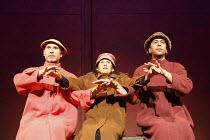 'Fragments' - COME AND GO   by Samuel Beckett   director: Peter Brook ~ l-r: Marcello Magni (Ru), Kathryn Hunter (Vi), Khalifa Natour (Flo)~Theatre des Bouffes du Nord / Paris & The Young Vic / London...