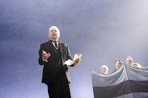 TWELFTH NIGHT   by Shakespeare   design: Christopher Oram   lighting: Neil Austin   director: Michael Grandage ~~l-r: Derek Jacobi (Malvolio), Guy Henry (Sir Andrew Aguecheek), Samantha Spiro (Maria),...