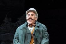 WAITING FOR GODOT   by Samuel Beckett   design: Stephen Brimson Lewis   lighting: Paul Pyant   director: Sean Mathias ~~Simon Callow (Pozzo)~Theatre Royal Haymarket (TRH), London SW1             06/05...