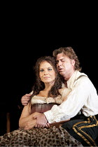 CARMEN by Bizet   conductor: Bertrand de Billy   design: Tanya McCallin   lighting: Paule Constable   director: Francesca Zambello ~Elina Garanca (Carmen), Roberto Alagna (Don Jose)   ~The Royal Opera...