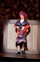 ARTURO BRACHETTI - CHANGE   written & directed by Sean Foley   Arturo Brachetti   as Pearly Queen Garrick Theatre, London WC2                        26/10/2009