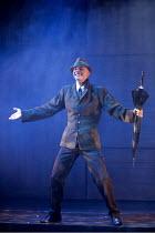 ARTURO BRACHETTI - CHANGE   written & directed by Sean Foley   Arturo Brachetti   as Gene Kelly Garrick Theatre, London WC2                        26/10/2009