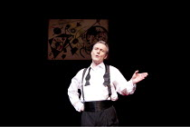 SIX DEGREES OF SEPARATION   by John Guare   design: Jonathan Fensom   lighting: Jason Taylor   director: David Grindley ~Anthony Head (Flan)~Old Vic Theatre (OV), London SE1                 19/01/2010