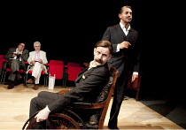 THE REAL INSPECTOR HOUND   by Tom Stoppard   design: Ruari Murchison   lighting: Tim Mitchell   directors: Jonathan Church & Sean Foley ~l-r: Richard McCabe (Moon), Nicholas Le Prevost (Birdfoot), Sea...