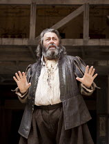 HENRY IV part ii   by Shakespeare   design: Jonathan Fensom   director: Dominic Dromgoole ~Roger Allam (Sir John Falstaff)~Shakespeare's Globe (SG), London SE1         14/07/2010