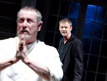 HAMLET   by Shakespeare   design: Tom Scutt   lighting: Oliver Fenwick   director: Paul Miller   l-r: John Nettles (Claudius), John Simm (Hamlet)  Crucible Theatre / Sheffield, England             2...