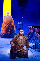 PARSIFAL   by Wagner   conductor: Mark Wigglesworth   set design: Raimund Bauer   costumes: Andrea Schmidt-Futterer   lighting: Duane Schuler   director: Nikolaus Lehnhoff ~Act II: Stuart Skelton (Par...
