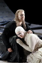 PARSIFAL   by Wagner   conductor: Mark Wigglesworth   set design: Raimund Bauer   costumes: Andrea Schmidt-Futterer   lighting: Duane Schuler   director: Nikolaus Lehnhoff ~Act III: Stuart Skelton (Pa...